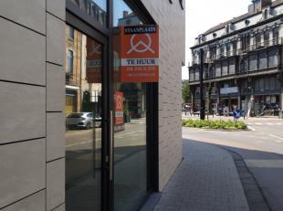 TE HUUR // GENT : Omgeving Sluizeken. Ondergrondse staanplaats. 75 EUR / maand. Onmiddellijk beschikbaar. Voor meer informatie gelieve contact op te n