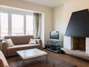 Goed onderhouden 2-slaapkamerappartement op de derde verdieping gelegen in de Koning Albertlaan te Kessel-Lo. Dit appartement situeert zich in de kort