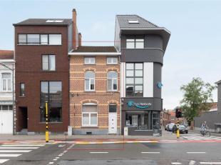 Toffe vernieuwde ééngezinswoning met 4 slaapkamers juist buiten het centrum van Leuven. Vlotte bereikbaarheid van het openbare vervoer (