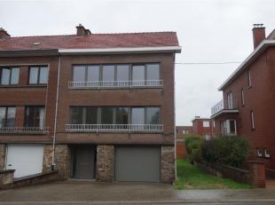 Dit appartement op het tweede verdiep is gelegen op de Gaston Eyskenslaan in Kessel-Lo op fietsafstand van het station, centrum Leuven, op een vijftal