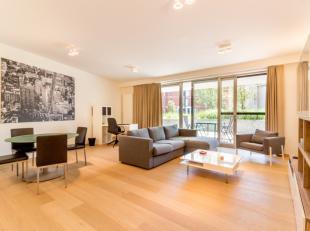 Graag presenteren wij u dit volledig instapklare appartement gelegen aan het nieuwe sluispark. Het appartement omvat een ruime en lichtrijke leefruimt