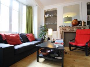 Functioneel ingedeeld appartement in het centrum van Leuven, gelegen tussen de Bondgenotenlaan en het Ladeuzeplein. Het lichtrijk appartement situeert