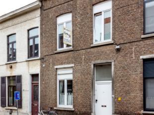 Au coeur de Louvain, nous aimerions vous présenter cette maison de ville confortable. À un soupir du centre et à proximité