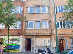 GANSHOREN - REF : 3571629 - Situé au 2ème étage d'une petite co-propriété SANS CHARGE de 3 étages à p