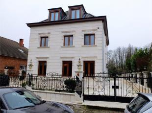 DILBEEK - REF: 3671957 - Dans une rue calme, nous vous présentons cette splendide maison 4 façades avec une très grande terrasse