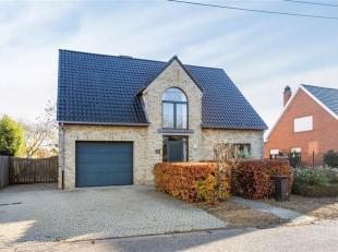 Prachtige, ruime woning te huur op rustige locatie te Begijnendijk<br /> Deze ruime villa is zeer leuk en rustig gelegen en is volledig instapklaar. D