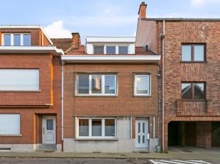 Instapklare woning te koop te Kessel-Lo en dit op een boogscheut van de bruisende stad Leuven. De woning heeft een bewoonbare oppervlakte van 150m&sup