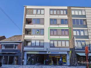 Gezellig appartement (87m²) met 2 slaapkamers gelegen in het centrum.<br /> Het appartement bevindt zich op de tweede verdieping. Het gebouw is v