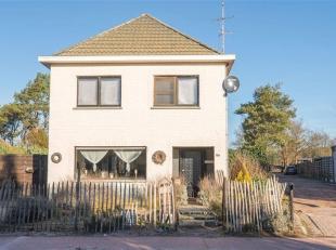 Deze gezinswoning is goed gelegen in de mooie groene omgeving van Kerkhoven. De belangrijkste faciliteiten zijn hier zeker terug te vinden zoals een g