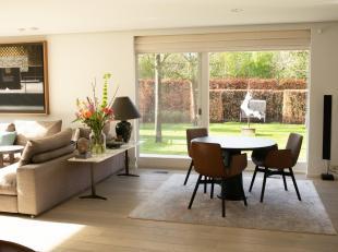 Vivre en style – éventuellement en combinaison avec hangar et dépendances / fractionnement possible.<br /> Maison de tr&egrave