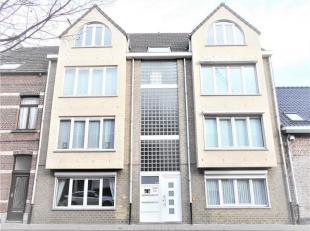 Instapklaar , ZEER RUIM , ZEER GUNSTIG (vlakbij POLDERBOS) , RUSTIG en toch CENTRAAL gelegen GLV-APPARTEMENT (Bouwjaar 2000) in een klein appartements