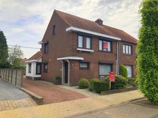 Zeer rustig gelegen, degelijk woning op 322m² in het centrum van Geel.Ligging:rustig gelegen op wandelafstand van het marktplein (+- 1,5 km). Vlo