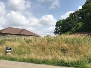Mooie bouwgrond van 9a87ca voor open bebouwing, gelegen in een rustige en groene landelijke omgeving nabij het centrum van Aarschot & Rillaar. Goe