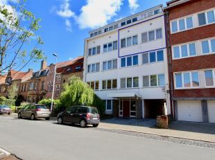 Dit aangenaam en luchtig appartement is gelegen op de 3 de verdieping op een rustige ligging in Kristus Koning nabij het Graaf Visartpark. Het apparte
