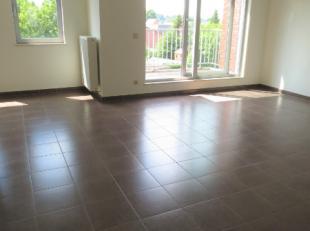 Welgelegen, duurzaam en kwalitatief afgewerkt INSTAPKLAAR appartement met 2 slaapkamers van 14m² & 12m². Trendy appartementsgebouw (7,5