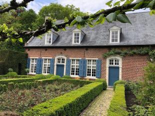 Gelegen te Rillaar, nabij Aarschot, in natuurgebied, gerenoveerde hoeve en historische watermolen. Bijgebouw dat voor verschillende doelen kan worden