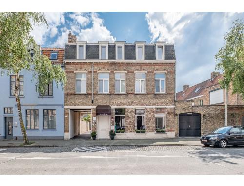 Staanplaats te koop in Brugge, € 1.350.000