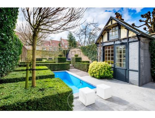 Herenwoning te koop in Brugge, € 1.385.000