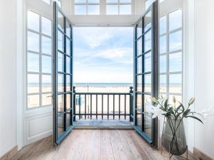 Villa La Coursive is één van de laatste getuigen van hoe de Belgische Zeedijk er vroeger uitzag. Het gerenoveerde burgerhuis dat gekenme