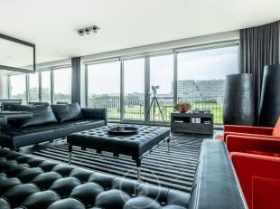 Domein Wellington: Majestueus hoekappartement met uniek en open zicht (24m facade(!)) op de golf en paardenrenbaan van Oostende, volledig west geori&e