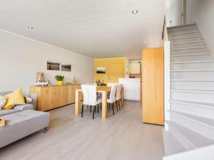 Duplex 2-slaapkamerappartement rustig en residentieel gelegen in de Vuurtorenwijk te Oostende. Gelegen nabij kinderopvang, winkels en op de grens Oost