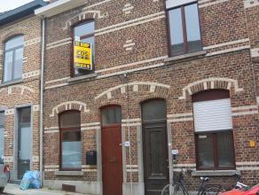 De ideale starterswoning binnen de Ring van Leuven vindt u hier! Gelegen in een rustig straatje vlakbij Sint-Jansschool, Gasthuisberg, KBC en oprit E3
