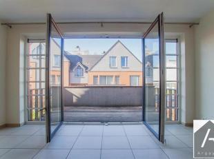 Idéalement bien situé dans le quartier des Huttes (Vieux chemin de Seneffe) à Nivelles, appartement 2 chambres.<br /> Le bien est