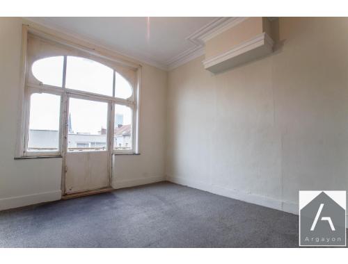 Appartement te koop in Brussel, € 125.000