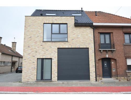Voorkeur Huis te huur in Buggenhout € 900 (J7D8G) - Immo Arthur Segers - Zimmo YL87