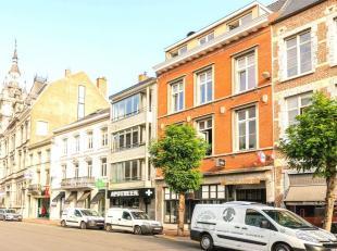 Temidden van het bruisende stadscentrum van de hoofdstad van de smaak bevindt zich aan de Havermarkt 23 dit duplex-appartement met terras in een histo