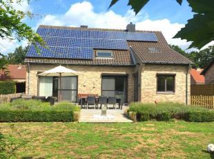 Aan het Averbodeshof nummer 6 bevindt zich deze 4 slaapkamer woning op perceel van 6a12ca.  De woning is erg rustig gelegen aan de voet van de bossen