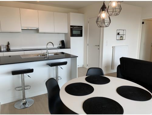 Appartement te huur in Antwerpen, € 1.100