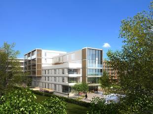 Nieuw, zonnig appartement met 3 slaapkamers, 2 badkamers, 2 aparte toiletten, Grote zonnige terrassen met ipé hout, toegankelijk vanaf de keuke