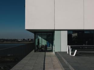 Nieuw appartement met 3 slpk en 2 badkamers op Nieuw Zuid. Groot zonnig terras met Scheldezicht.<br /> Residentieel en vlotte verbinding met de autos