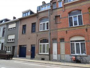 Zoekt u een huis te koop in centrum Leuven, om zelf te bewonen (tuin !) of om verder te verhuren als studentenwoning ? Dan is deze woning ideaal : vol