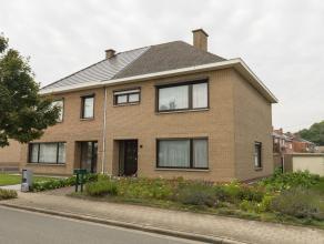 ** IN OPTIE ** Immo3000 verkoopt een zéér interessant gelegen woning in Kessel-Lo. Deze ruime 3-gevel (1977) ligt naast de Abdij van Vli