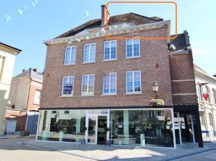 Leuke STUDIO te koop in het centrum van Diest, Grote Markt 3.<br /> De studio is gelegen in een gebouw met handelsgelijkvloers, 2 appartementen en 2 s