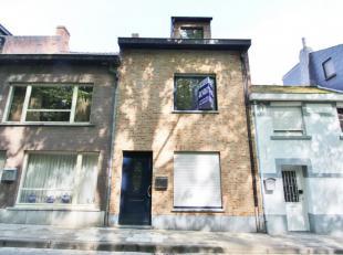 Charmante STADSWONING met 3 slaapkamers, terras/tuin en achterbouw te huur in het centrum van Diest, Zeven Weeënstraat 17.<br /> Het pand is voll