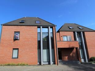 Ruim DUPLEX APPARTEMENT met 2 slaapkamers en terras te koop in het centrum van Diest, Engelandstraat 49.<br /> Het appartement is gelegen in een resid