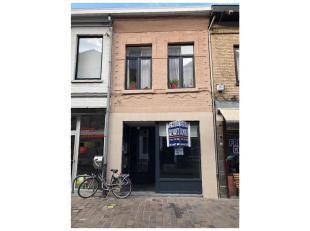 Kantoor of winkelruimte te huur in het centrum van Diest, Koning Albertstraat 84.<br /> Deze gelijkvloerse ruimte heeft een oppervlakte van +/- 60m&su