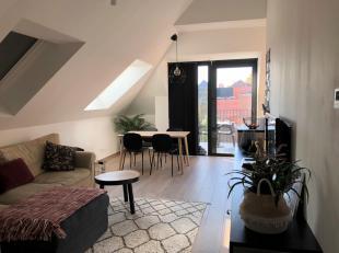 NIEUWBOUW DAKAPPARTEMENT met 1 slaapkamer en terras te huur in het centrum van Diest, Botermarkt 7.<br /> Het appartement is gelegen op de derde verdi