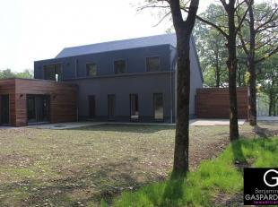 Appartement neuf répondant aux nouvelles normes énergétiques implanté dans un parc d'environ 40 ares dans une résid