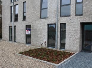 Nieuwbouwappartement met 2 slaapkamers in het centrum van Halen.Residentie De Oevers is centraal gelegen achter de kerk van Halen.Geniet van de rust v