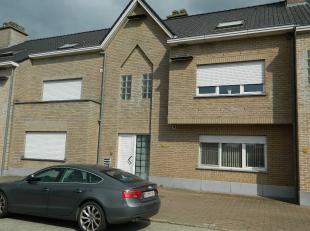 Gunstig gelegen gelijkvloers appartement met 1 slaapkamer in het centrum van Schaffen.Het appartement beschikt eveneens over een terras, tuin en garag
