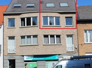 Triplex appartement in het Centrum van Diest.De INDELING is als volgt:Indeling 2° verdieping: living met zithoek, keuken, berging, toilet, terras.