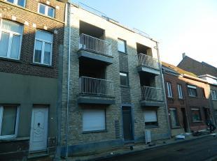 Nieuwbouwappartement met 1 slaapkamer in het centrum van Diest!De INDELING is als volgt:Gelijkvloers: achteraan het gebouw een autostaanplaats + bergi