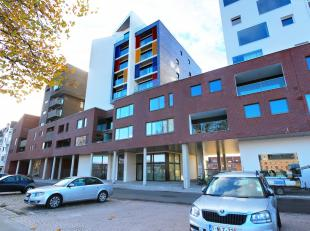 3 staanplaatsen te huur , gelegen aan het Keerdok en op 7 min wandelafstand van centrum Mechelen . De staanplaatsen bevinden zich ondergronds in dit n