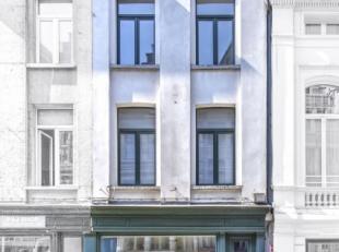 Uitstekend goed gelegen commerciële ruimte/horeca op de Vlasmarkt te 2000 Antwerpen!<br /> Dit pand bestaat uit een commerciële duplex ruimt