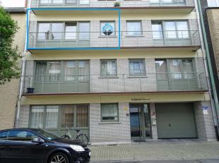 Mooi rustig appartement nabij het centrum van Diest. Het appartement bestaat uit living met terras, keuken, hall, aparte wc, badkamer en 2 slaapkamers