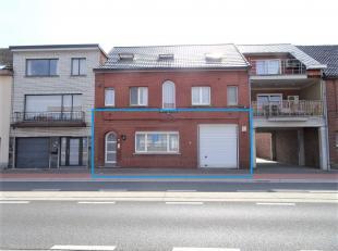 Ruim 1 slaapkamer appartement op het gelijkvloers te huur<br /> <br /> + Volledig vernieuwd en gerenoveerd in 2009!<br /> + Grote garage (L8,39m &